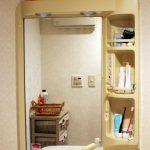 洗面所リフォームDIY~クロスの貼り替えと洗面台鏡の撤去