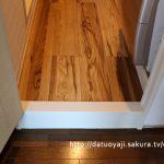 洗面所のドアをリフォームDIY~ドア枠にペンキを塗る